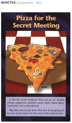 IlluminatiKartenSpielPizza